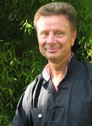Dr. Reinhard Graw